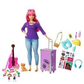 Nuevo Original Barbie Daisy con accesorios de viaje, guitarra y gato