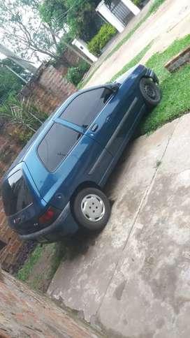 Vendo Clio 99 diesel.
