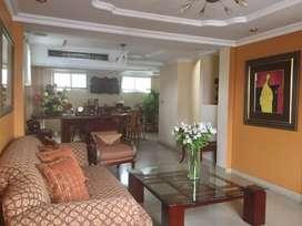 Urdenor 2 vendo departamento 4 dormitorios, 2 parqueos y  terraza cubierta