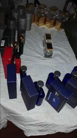 Lote de 21 frascos vacios de perfumes