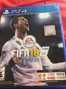 Vendo FIFA 18 PS4 en caja