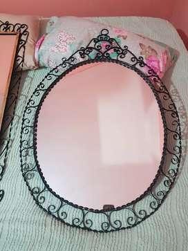Espejos de hierro