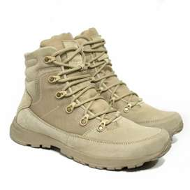 Botas Outdoor Legacy one Arena