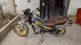 Se vende moto Daelim ,Motor 125