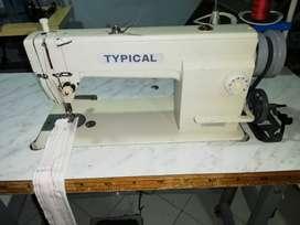 Maquina de coser plana industrial TYPICAL con mueble en buen estado