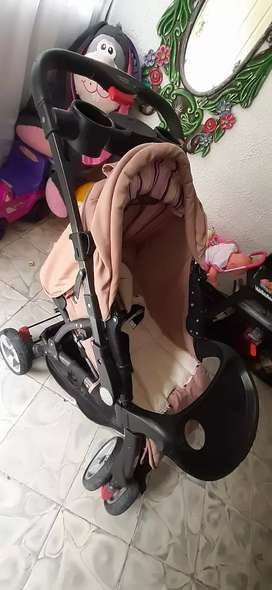 Se vende coche de  bebe...