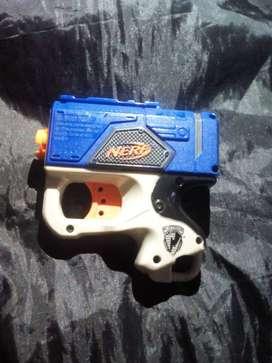 Pistola NERF micro blaster