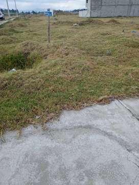 En Latacunga se vende hermoso lote de terreno esquinero