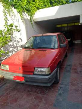 Vendo Renault 9 año 1994