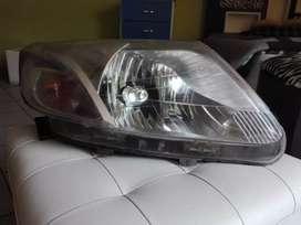 Vendo faro delantero derecho original para Chevrolet Sail 2013