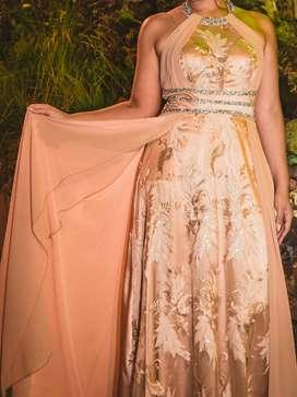 Vestido de Recepción Dorado