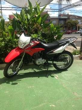 Honda XR 150 L muy cuidada