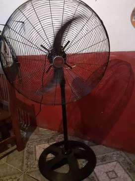 Vendo ventilador industrial de 30 pulgadas