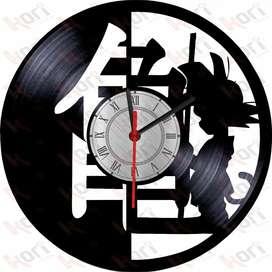 Reloj  en disco vinilo LP/ vinyl clock Dragon Ball anime