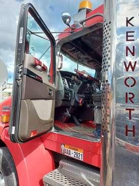 Vendo trailer Kenworth T800 Special Edition Aerodyne solo cabezal o con carreta