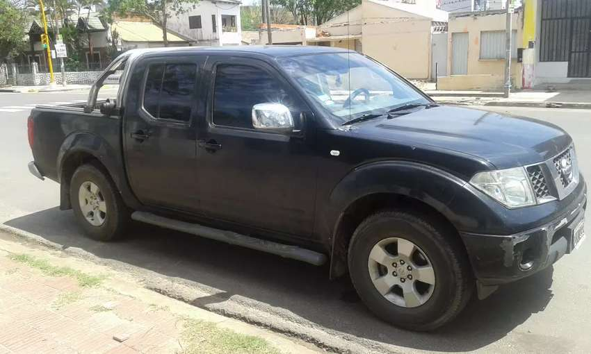 NISSAN FRONTIER 2.5 DC 4X4 LE 6TA MANUAL 2010 0