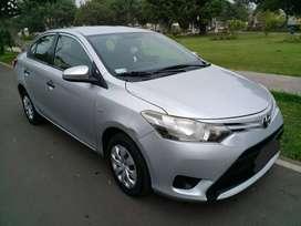 Toyota Yaris 2014 Dual  GNV   34,581km  Uso Particular