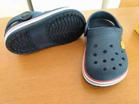 "Suequitos para niños ""crocs"" JAMAIQUINAS"
