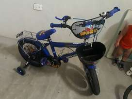 Vendo bici de niño .con poco uso