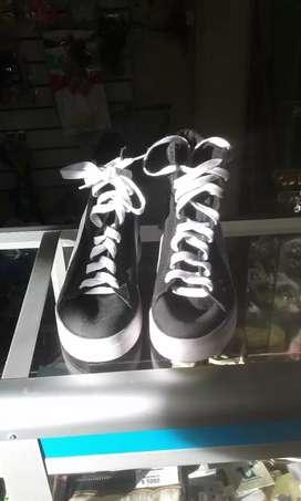 Zapato  talla 36