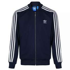 Campera adidas originals talle S