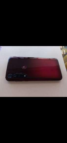 Vendo celular económico Motorola g8 plus