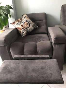 Sala con sillas reclinables