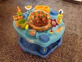 Venta de centro de estimulación para bebes