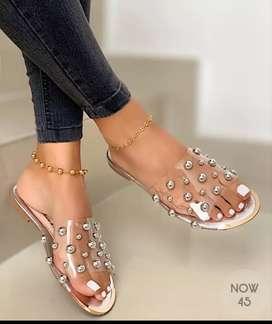 Sandalias de mujer planas fina