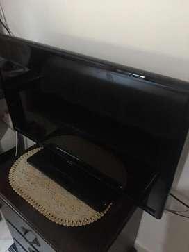TELEVISOR LCD DE 32'.