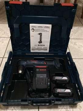 Taladro Bosch para espacios reducidos , inalambrica NUEVO con 2 batería de litio 18 volt cargador estuche Bosch