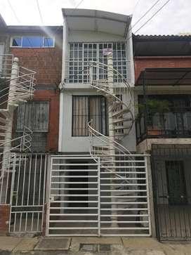 Vendo casa arrendada primer, segundo y tercer piso independiente ubicada en Jamundi barrio Cantabria