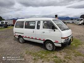 Nissan Vanette particular 14 pasajeros vendo o cambio
