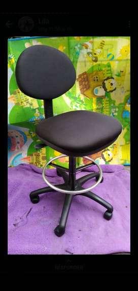 ventas de sillas para oficina, salón de belleza, casilleros