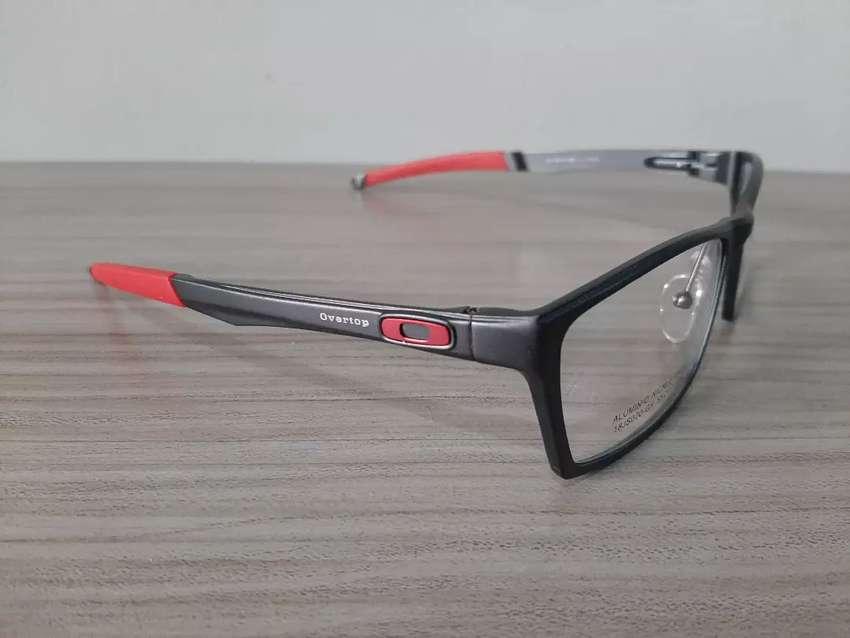 Monturas Oakley 100% Aluminio 0