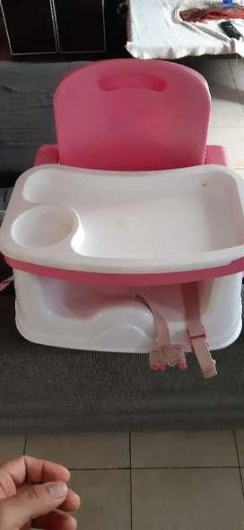 Sillita de bebé adaptable a la silla