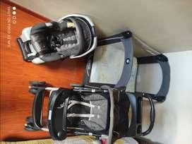 Combo coche, corral y silla carro para bebé marca Gracco