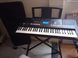 Teclado Yamaha psr e 423 cinco octavas