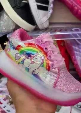 Tenis lol y unicornio luces niñas