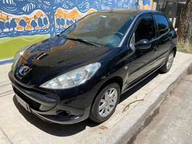 Peugeot 207 1.6 XS 5p año 2010. Listo para transferir. Escucho ofertas