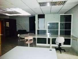 Venta Amplia Oficina comercial en el C.c. Albán Borja, Urdesa, Norte de Guayaquil
