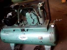 Compresor De Aire , 300 Litros , 5,5 Hp