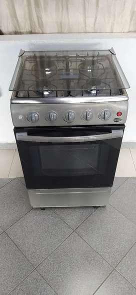 Estufa centrales 4 puestos con horno y gratinador
