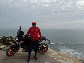 Vendo linda moto KTM