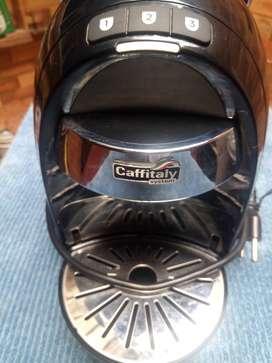 Cafetera de capsulas marca CAFFITALY (nutressa)