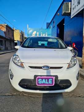 Vendo fiesta 2013 impecable 30 mil kms