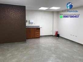 Oficina en venta sector HuaynaCapac