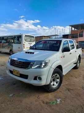 Toyota hilux 1kd 3.0 4x4 SR 2014