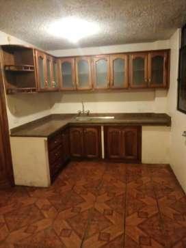 Vendo casa av.aguacollas Ambato atocha-ficoa