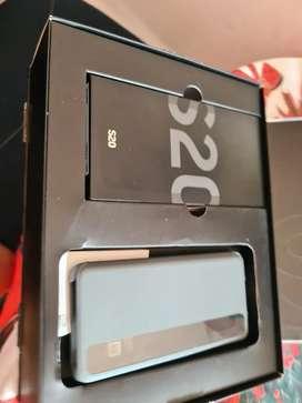 SAMSUNG S20 EN BUEN ESTADO 2800 SOLES